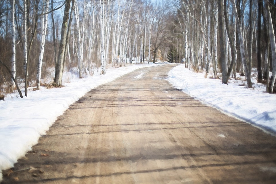 winter-road-671021_960_720